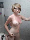 http://img103.imagetwist.com/th/05371/brcl7uzbzyx1.jpg