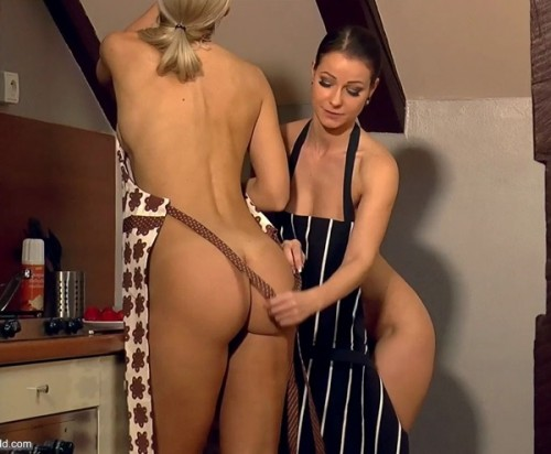 Melisa Mendini and Jenni Czech - Cake Time BTS - Melisamendini-world (FullHD)