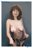Belinda Lang  nackt